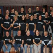 De Bolder sponsort nieuwe shirts badmintonclub Sla Maar Raak